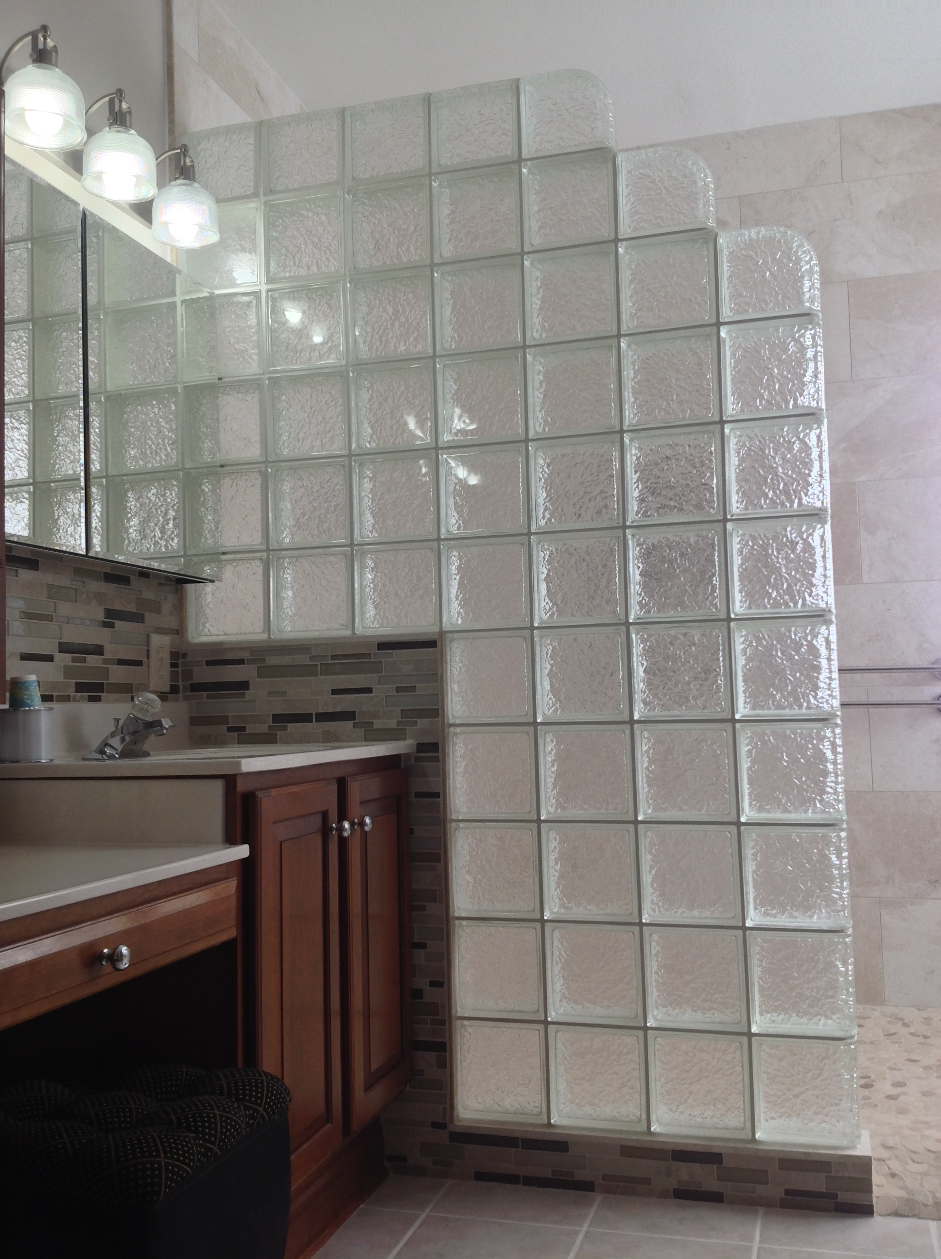 Ordinaire Curbless Icescapes Glass Block Shower With A Step Down Design