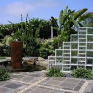 Outdoor Free-standing Glass Block Wall