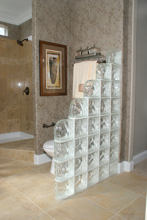 bathroom partition - Bathroom Designs Using Glass Blocks
