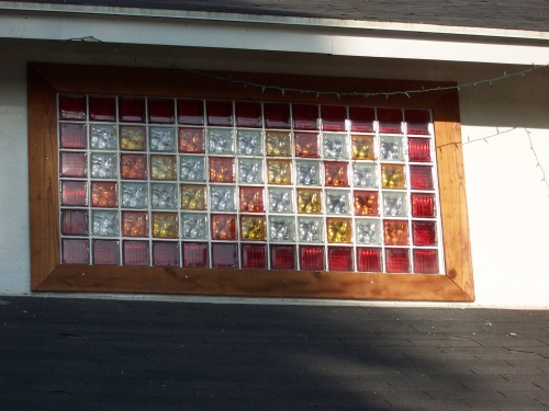 Beautiful glass block window highlighting the use of 2 different styles and 4 different colors.