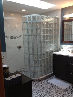 01-finished-barrier-free-glass-block-shower-base-in-bath-remodel-in-black-hawk-colorado