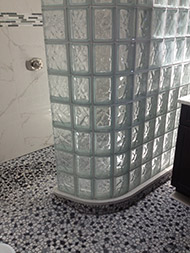 A Different Way To Do Glass Block Showers » Thin Line_curved Shower